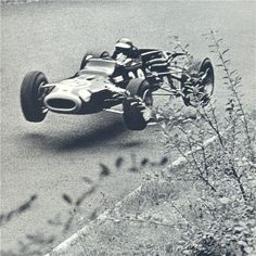 Never before and never since: Jacky Ickx contends for the lead of a Formula 1 race in a Formula 2. Germany 1967.