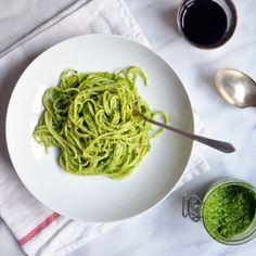 Spaghetti with Parsley Pesto | turntablekitchen.com | #pasta #pesto #dinner
