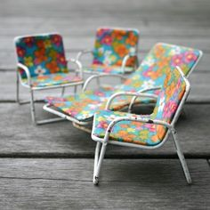 mini chairs