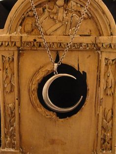 Hey, I found this really awesome Etsy listing at https://www.etsy.com/listing/87070308/cresent-moon-pendant-large-silver-moon