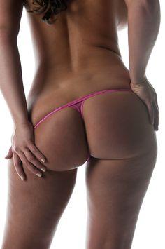 Sexy @AnistonGarner's #booty is amazing!!