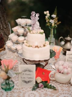 Looooove this Cake / Dessert Table! http://StyleMePretty.com/2012/04/06/julian-wedding-by-desi-baytan-photography/ Sweets by http://www.facebook.com/MomnPopsCakePops?sk=info / Photography by desibaytan.com,
