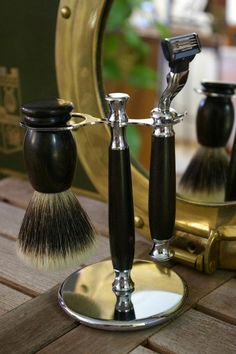 Grooming. men's shaving kit. Badger  shave brush, razor and stand with Ebony wood handles.