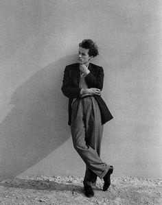 Glenn Gould (1932-1982), uncredited
