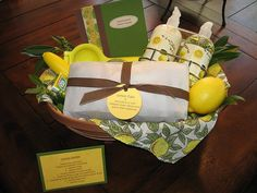 gift baskets, lemons, basket idea, theme gift, lemon scent, lemon theme, lemon basket, gift idea, lemon squeezer