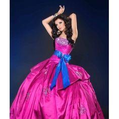 Elegantes Impactante vestido de 15 años coleccion 2011/2012 con elegante pedrería y laso para deslumbrar