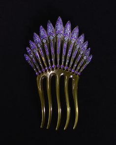 Art Deco hair comb - Creative Museum
