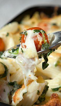 Cherry Tomato, Spinach and Garlic Mozzarella Pasta Bake