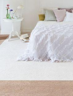 Slaapkamer tapijt on pinterest met carpet design and flooring - Taupe kleuren schilderij ...