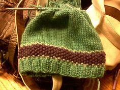 Free beanie knitting pattern. -mscandmisse.blogspot.com -