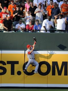 Mike Trout Best catch ever!!