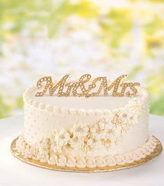 Mr. and Mrs. Wood Topper | Create your own cake topper | DIY Cake Topper Idea from Joann.com