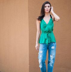 How to Wear Boyfriend Jeans from Wantering.#styletips #womensfashion
