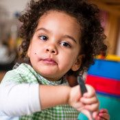 Teaching a Toddler to Listen-Ways to make yourself heard and to help your child learn how to listen. Pinned by SOS Inc. Resources.  Follow all our boards at http://pinterest.com/sostherapy  for therapy resources.