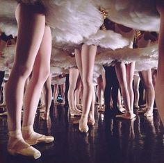 b-cycle:  Coulisses du Défilé du Ballet de l'Opéra de Paris
