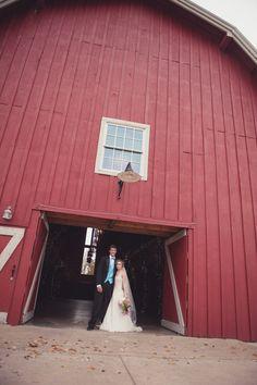Pratt Place Inn & Barn, wedding photographer, Fayetteville Arkansas wedding venue, Barn wedding, NWA wedding venue, Arkansas weddinng photography >> © Simply Bliss Photography | www.simplyblissphotos.com