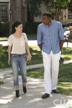 Boyfriend jeans and heels - Rachel Bilson - Hart of Dixie