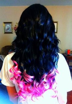 Black hair with pink tips, love this!
