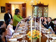 Before she was the first lady, Michelle Obama grocery shopped like the rest of us.