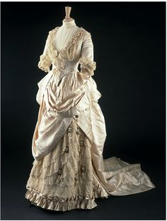 Wedding Dress  1885  The Victoria & Albert Museum