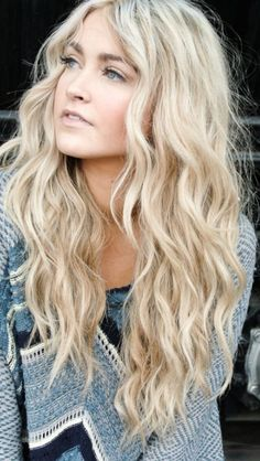 Blonde beach waves. Aloxxi Hair Color Personality Sistine Candles® | blonde hair | long hair | hair style | hair color | hair inspiration