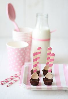 Pink striped straws with pink polka dot cups