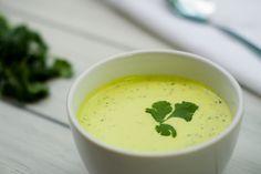 Un aderezo ideal para acompañar cualquier ensalada o con verduras. Prueba este aderezo de cilantro con tomate verde con tu ensalada favorita y disfruta de esta deliciosa combinación.