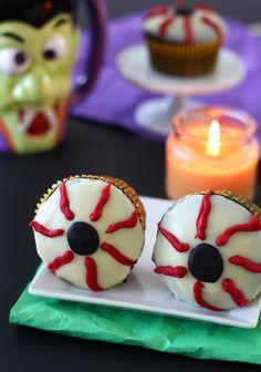 Eyeball Cupcakes