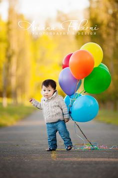 adorable one year old boy photo session...like the balloons and ones with a tie!