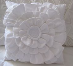 Layered Petal Pillow Tutorial