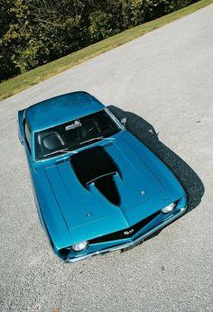 1969 Chevrolet Camaro Baldwin Motion.