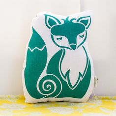 Hey, I found this really awesome Etsy listing at http://www.etsy.com/listing/122997970/original-screen-printed-fox-cushion