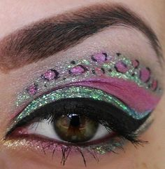 Glitter leopard eyes! Eye Art. Makeup for eyes
