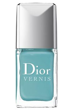 The Cool But Understated Shade: Dior Vernis in St. Tropez