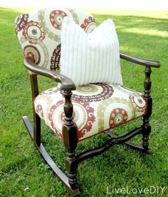 How To Reupholster: 10 Ideas for Old Chairs