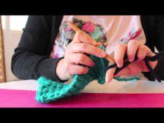 DIY: Cómo hacer un mitón con crochet - YouTube