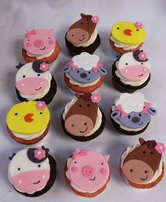 Barn Animals cupcakes by Amanda Oakleaf Cakes, via Flickr