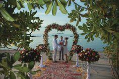 Celebrate your wedding at romantic Belmond Napasai on Koh Samui.
