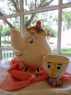 Mrs. Potts and Chip at the Grand Floridian Lounge for afternoon tea!