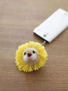 Lion pom pom! #DIYable #inspiration