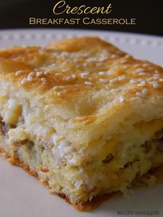 10 Recipes for an Easter potluck: Crescent breakfast casserole from Recipe Swagger