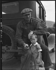 1936 drought refugee from Polk, Missouri. Awaiting the opening of orange picking season at Porterville, California. - photo by Dorothea Lange - November 1936