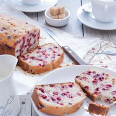 Pound cake with cranberries
