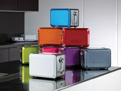 Bella Dots 2 Slice Toaster. Suggested Retail Price: $24.99 #BellaDots #BellaLife
