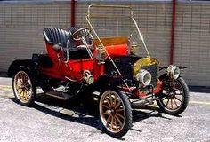 Antique car 1900