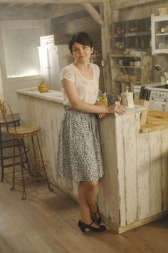 Mary Margaret (Once Upon A Time) has the cutest outfits