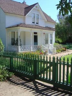 Green picket fence!