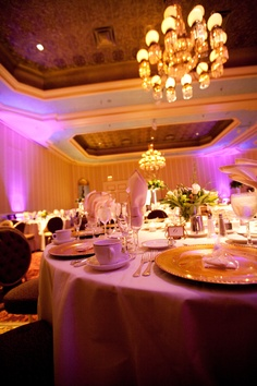 #TheSaintPaulHotel #TwinCitiesWeddingLighting #BridalBouquetsMinneapolis