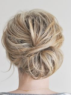 Love this loose updo