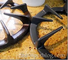 How to Clean Stove Burners and Grates…  I need to try this!